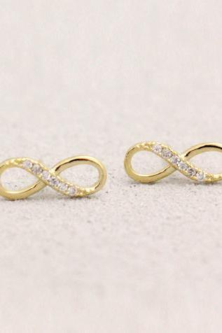 Infinity Earring In Gold