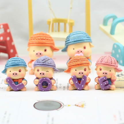 Resin handicraft lovers resin doll McDull a dear ornaments, a special gift