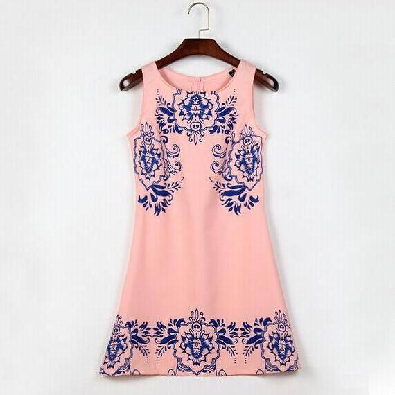 2015 the European and American sleeveless printed retro blue and pink porcelain dress